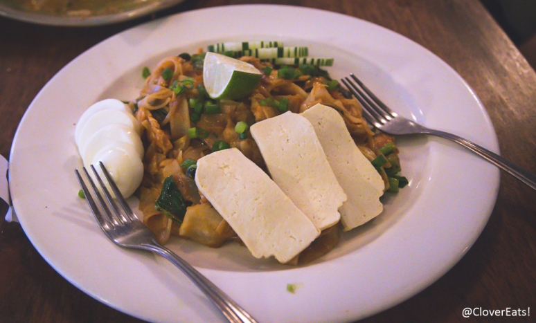 Stir fried broad noodles